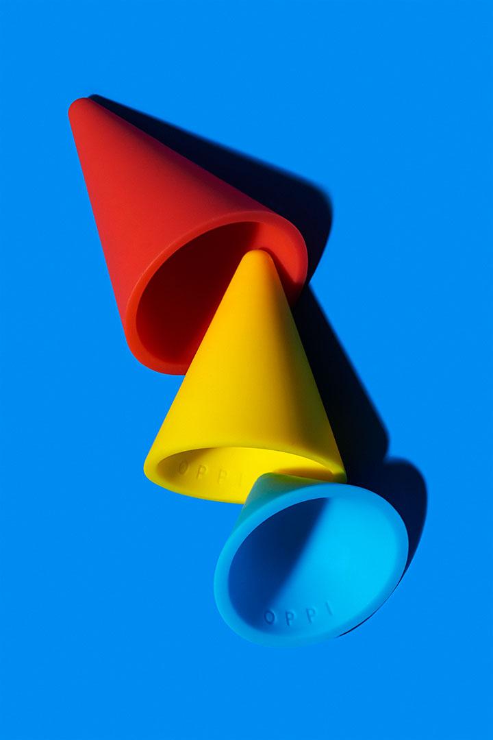Cônes en silicone Piks de trois couleurs, rouge, jaune, bleu et de trois tailles différentes